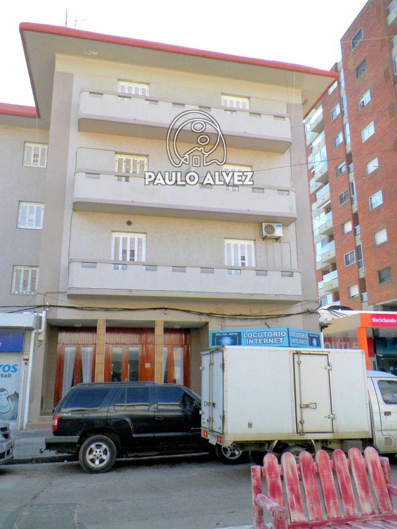 Edificio rambla 2 maldonado piri polis venta for Avenida muebles uruguay