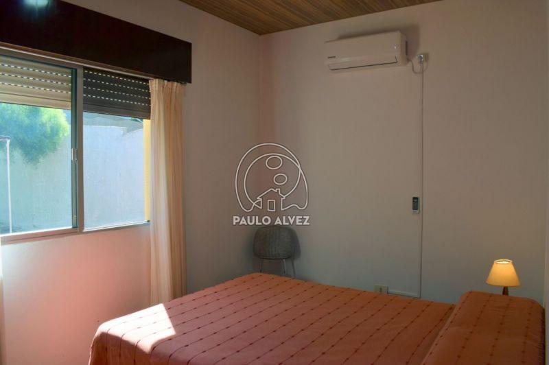 Dormitorio con aire