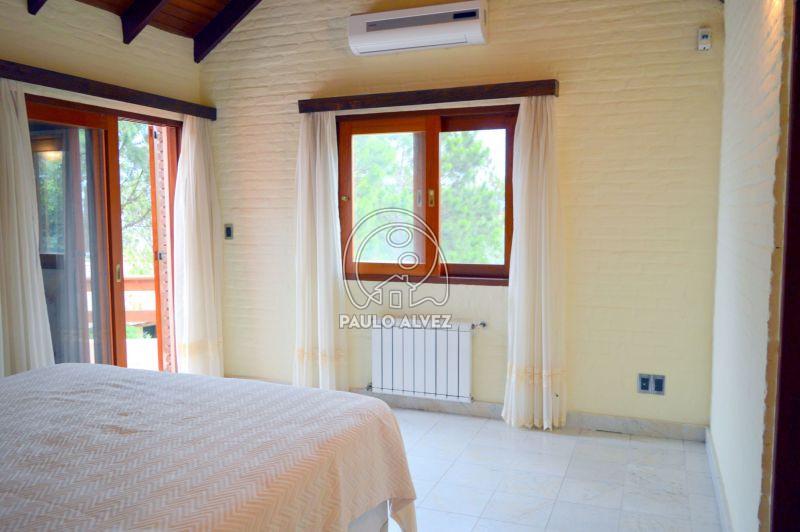 Dormitorio principal con aire