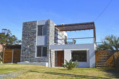 Alquiler Temporal  Maldonado Punta Colorada