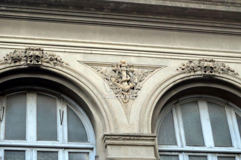 Detalles en fachada