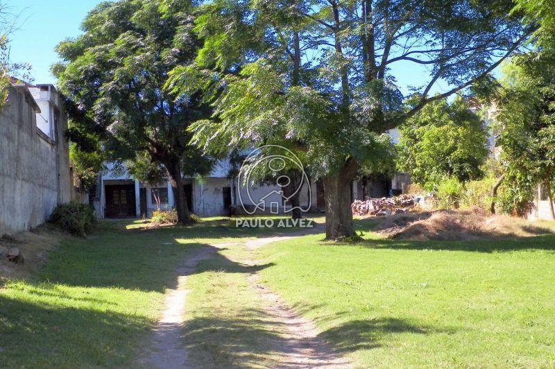 Acceso Calle Uruguay
