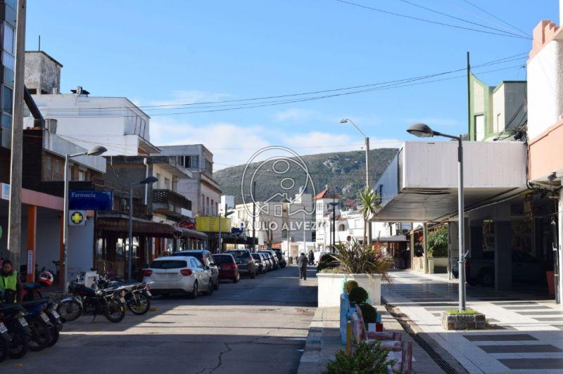 Sobre calle Sanabria